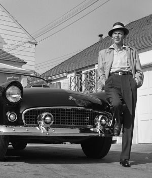 Frank Sinatra & his T-Bird by