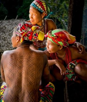 Embera Women by Dorte Verner