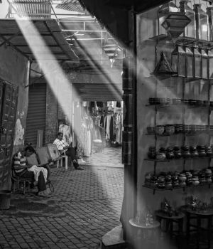 Market Sunrays by